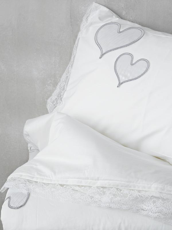 ΣΕΤ ΚΟΥΒΕΡΛΙ ΜΕ ΚΕΝΤΗΜΑ ΥΠΕΡΔΙΠΛΟ Palamaiki WEDDING COLLECTION 240x250 κωδ.ROMANTIC